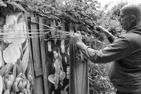 John and the Laundry - Documentary Photographer